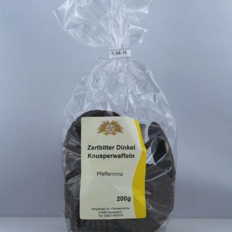 Dinkelwaffeln in Zartbit mit Pfefferminzöl